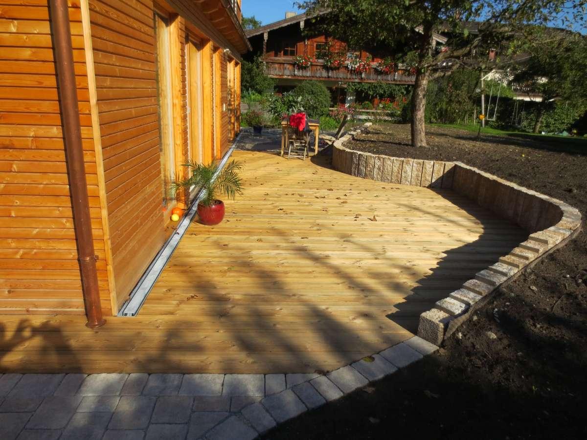 Holzterrasse (1)
